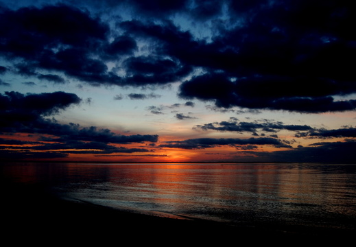 2009-04-09 Pensacola Bay Sunrise